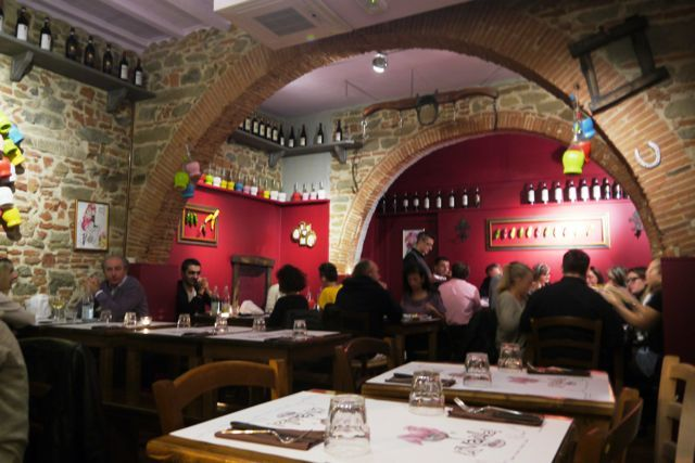 Le Maiala Is The First Barter Restaurant In Florence It Only Place Where You Can Bring Items Such As Vegetables Fruits Olive Oil Or Wine From Home