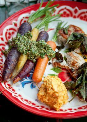 Koteletter med gulerodspuré og salvie Koteletter med smagfuldt tilbehør fra Familie Journals Slankeklub #slankemadopskrifter