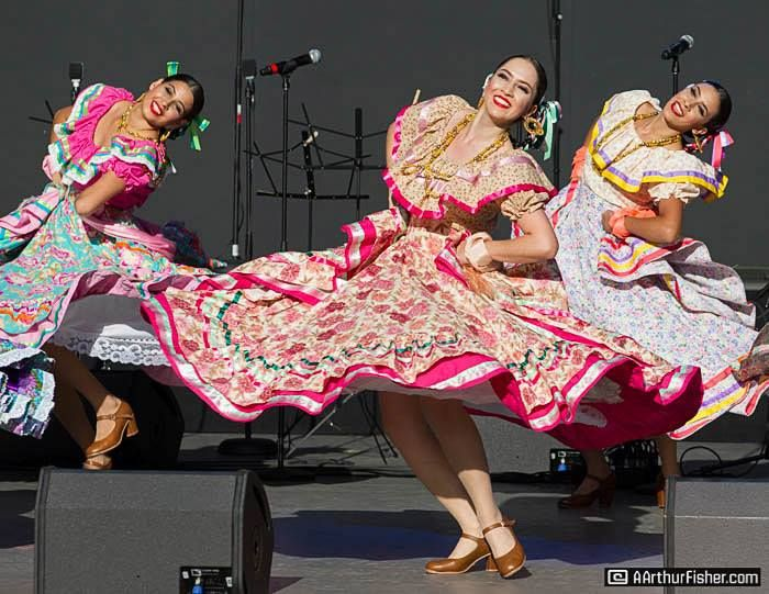 9 Ways To Save Money When Making Folklorico Costumes Ballet Folklorico De Los Angeles Custom Dance Costumes Ballet Folklorico Costumes