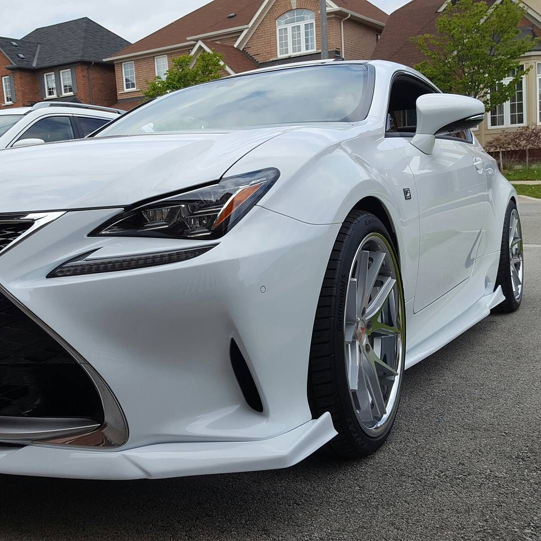 Harold's RC 350 F Sport is put together nicely! nia_auto