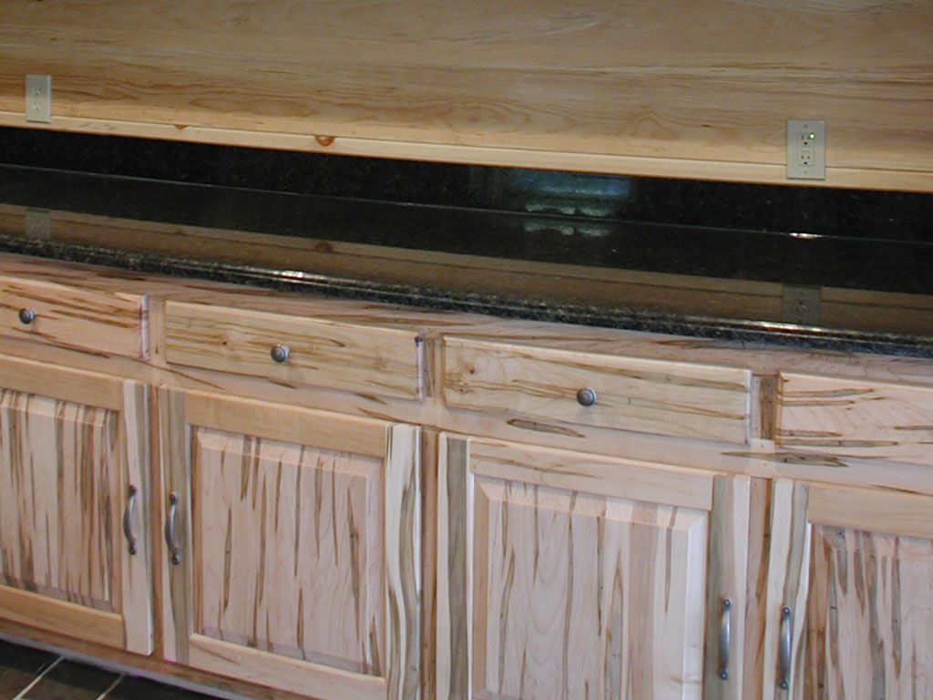 Wormy Maple Ambrosia Cabinets Rustic Kitchen Maple Kitchen Cabinets Kitchen Decor