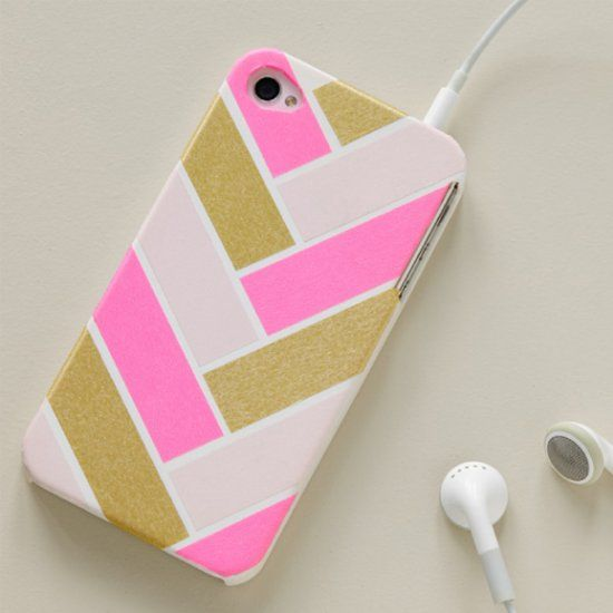 Step By Step Directions On How To Decorate Your Phone Case With