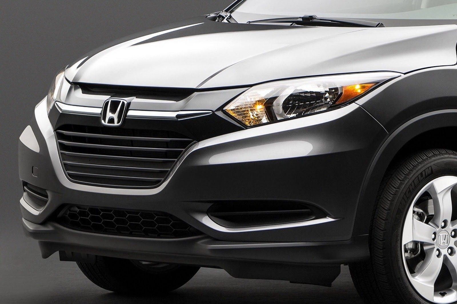 honda hr-v compact suv #2015hondahrv #car #autos #review #honda