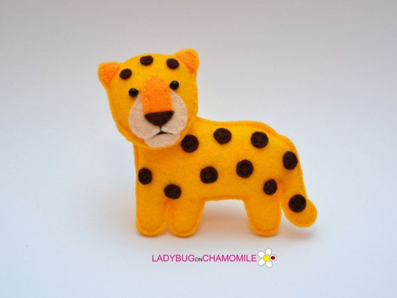 Felt LEOPARD, stuffed felt Leopard magnet or ornament, Leopard toy, African animals, Nursery decor, Leopard magnet,Safari animals, Leopard #feltcreations