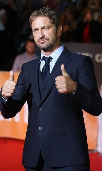 Hello Us Hellomagus Two Thumbs Up Gerardbutler Hits Up Tiff In Toronto For His Latest Flick Ow Ly Sqmmw Gerard Butler Toronto Film Festival Butler