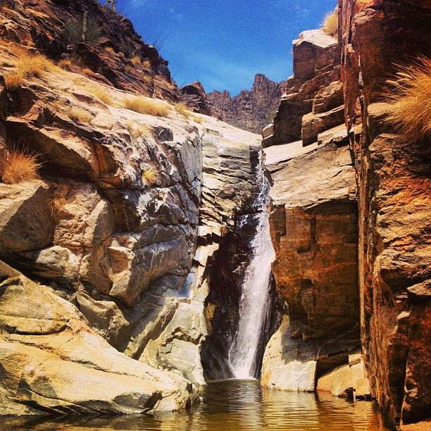 Best Places Hike World: The Seven Falls Hike Is One Of The Most Popular In