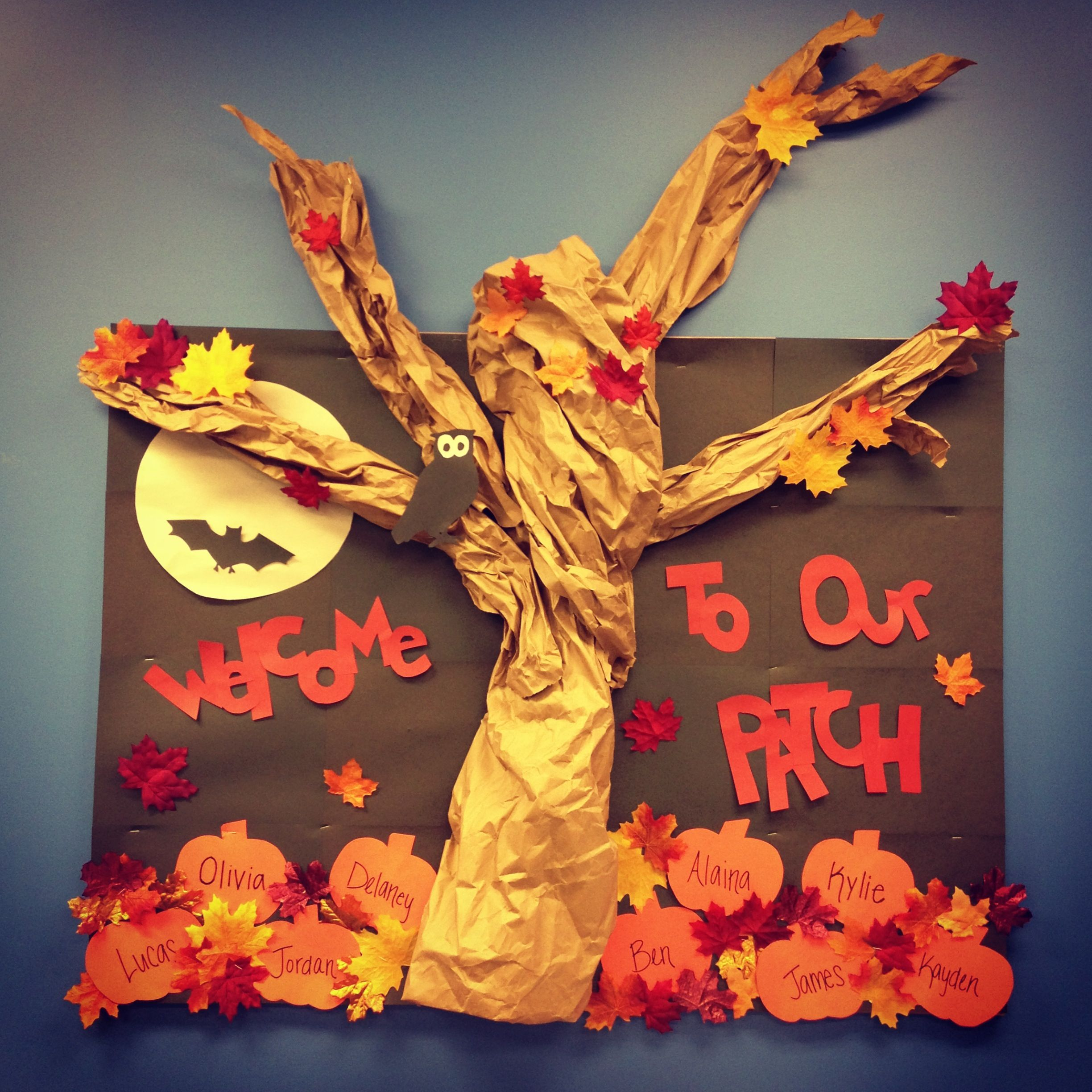 Classroom Decoration Autumn : Our fall classroom bulletin board perfect for autumn and