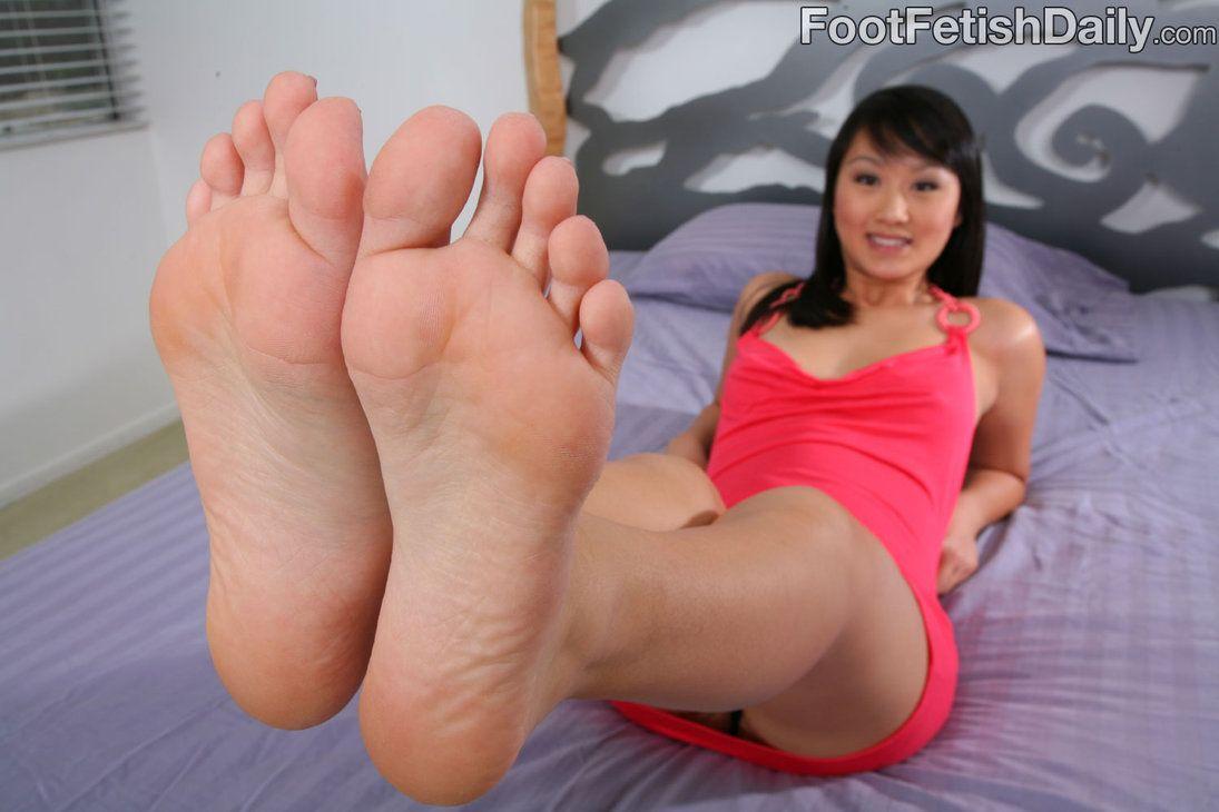Lickin feet