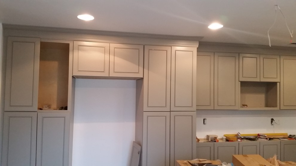 Crown Molding on kitchen cabinets in 2020 | Kitchen ...