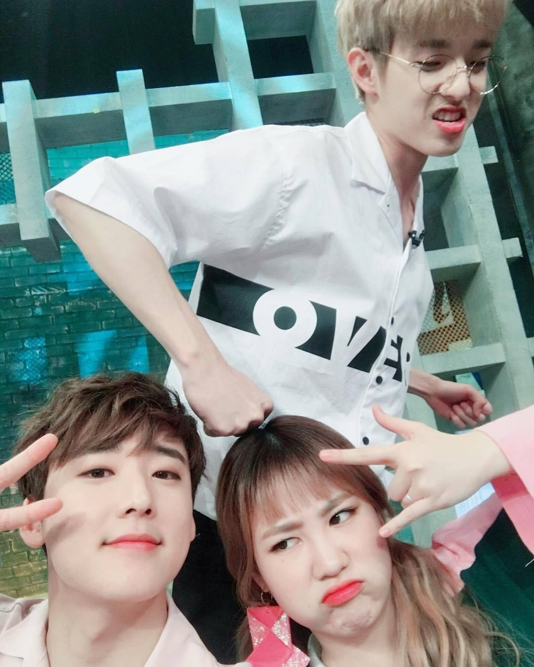 "jamieprotectionsquad: ""arirang_asc: 놓칠 수 없는 우리 삼둥이들 셀카 📷 이러케 귀엽게 사진 찍기 있기없기 😭 - #KAEMIN selfie is a must! Even though Jae was a guest today😂 - #KEVIN #JIMIN #JAE #arirang_ASC """