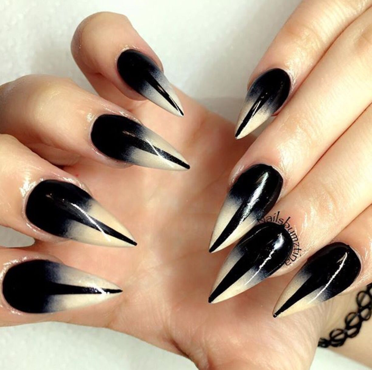 I dont like these. But They remind me of cat eyes | Goth ...