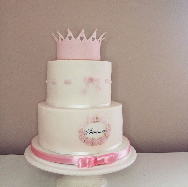 First birthday princess cake Wwwinstagramcomcattscakery