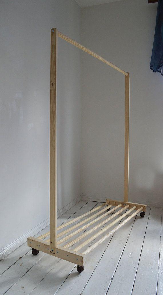 Handmade Natural Pine Wood Clothes Rail With Shelf And Wheels Estantes De Roupas Cabideiro De Chao Dicas De Decoracao Para Casa
