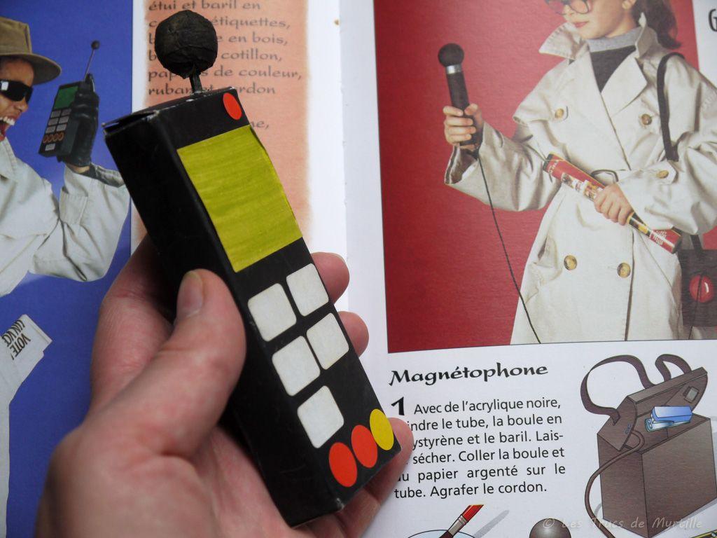 Fabriquer un téléphone en carton (déguisement) | Les Trucs de Myrtille