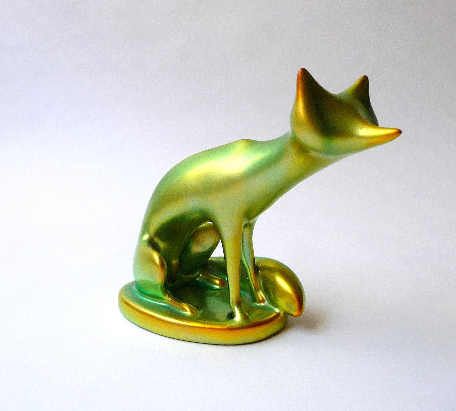 art deco porcelain fox figurine by zsolnay with iridescent. Black Bedroom Furniture Sets. Home Design Ideas