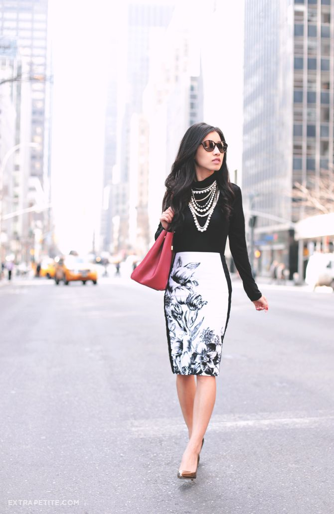 White skirt black flowers - Extra Petite I have this and love the ...