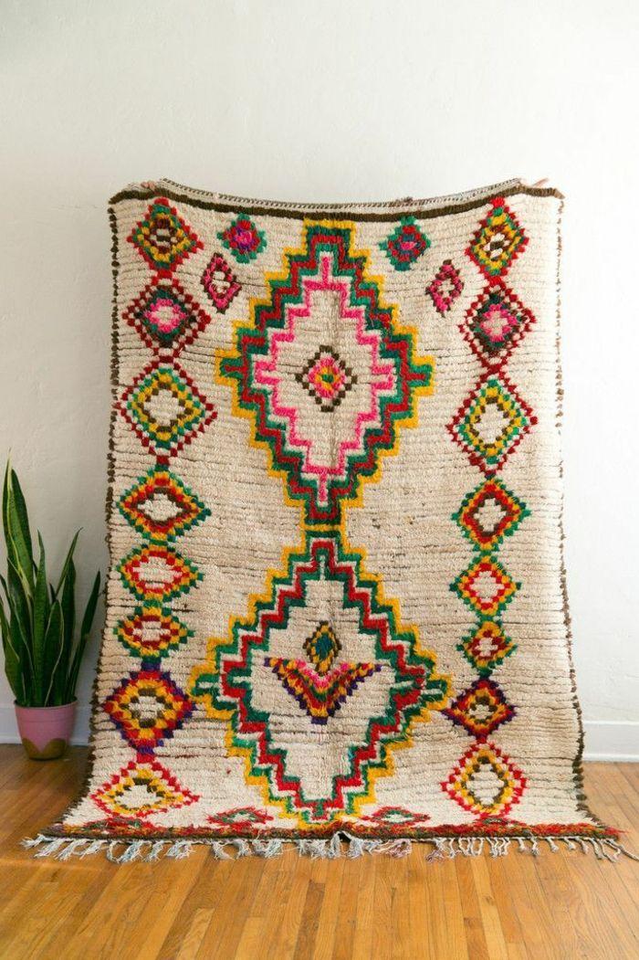 Savourer La Beaute De Tapis Berbere En 44 Photos Tapis Azilal Tapis Rug