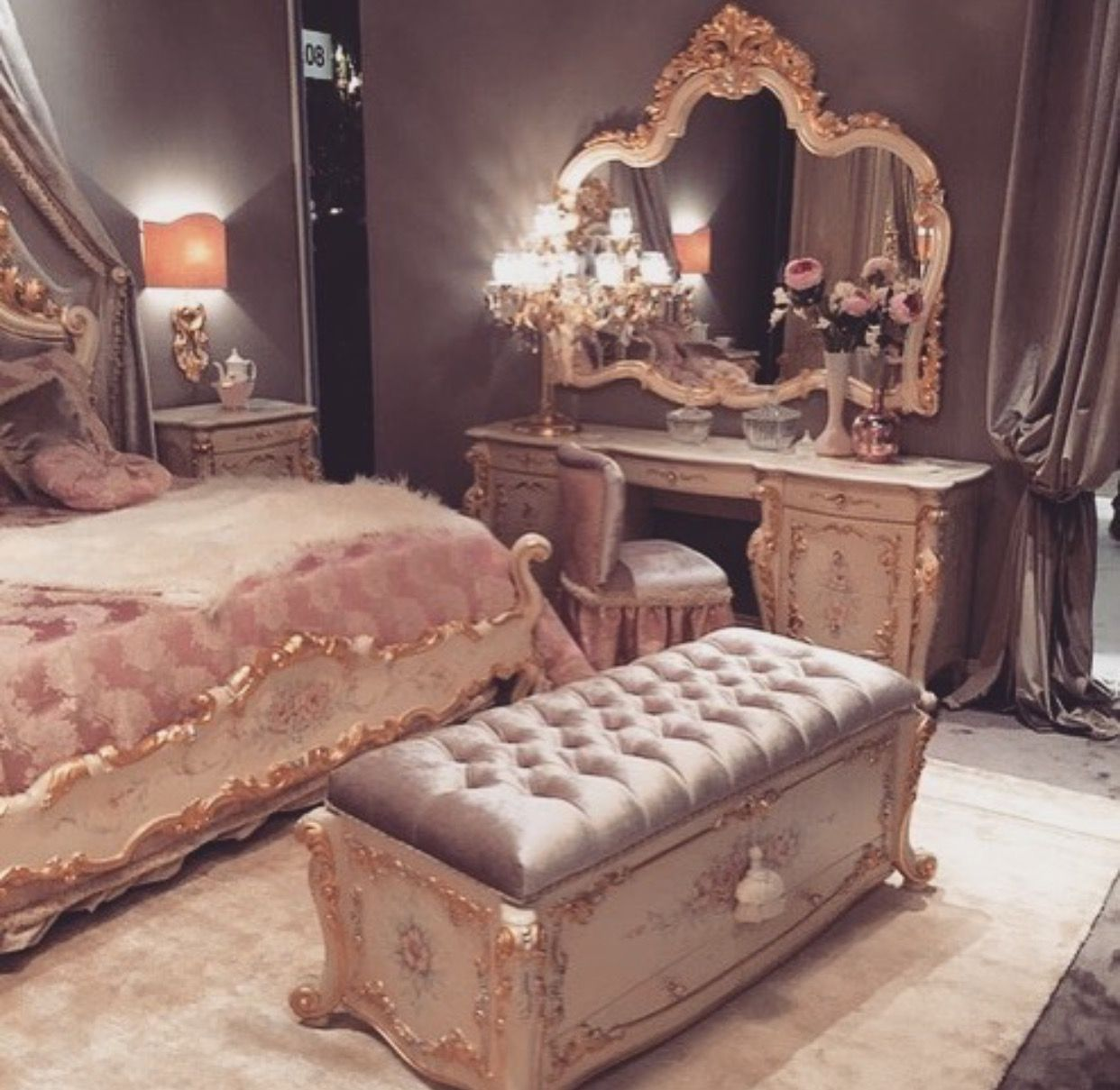 Glamorous Old Hollywood Bedroom Room Decor Home Decor Glam Bedroom