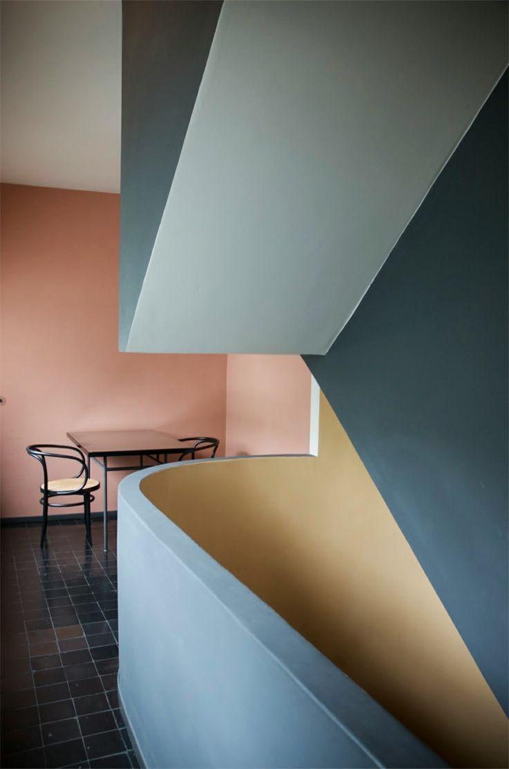 Die besten 25 bauhaus wandfarbe ideen auf pinterest bauhaus farben bauhaus tapeten und palme - Bauhaus wandfarbe ...