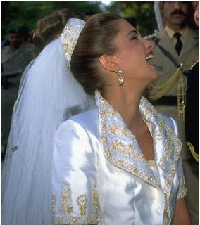 The Royal Order of Sartorial Splendor: Wedding Wednesday: Rania's Gown