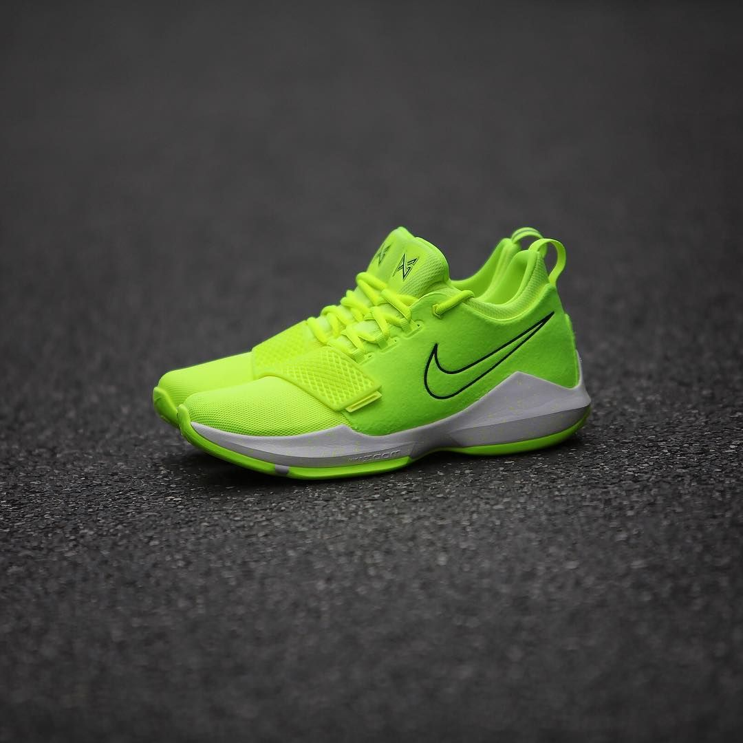 97ab5d3f4fb6 Nike PG 1 EP -Neon Volt (878628-700) USD 95 HKD 740 New Arrival ...