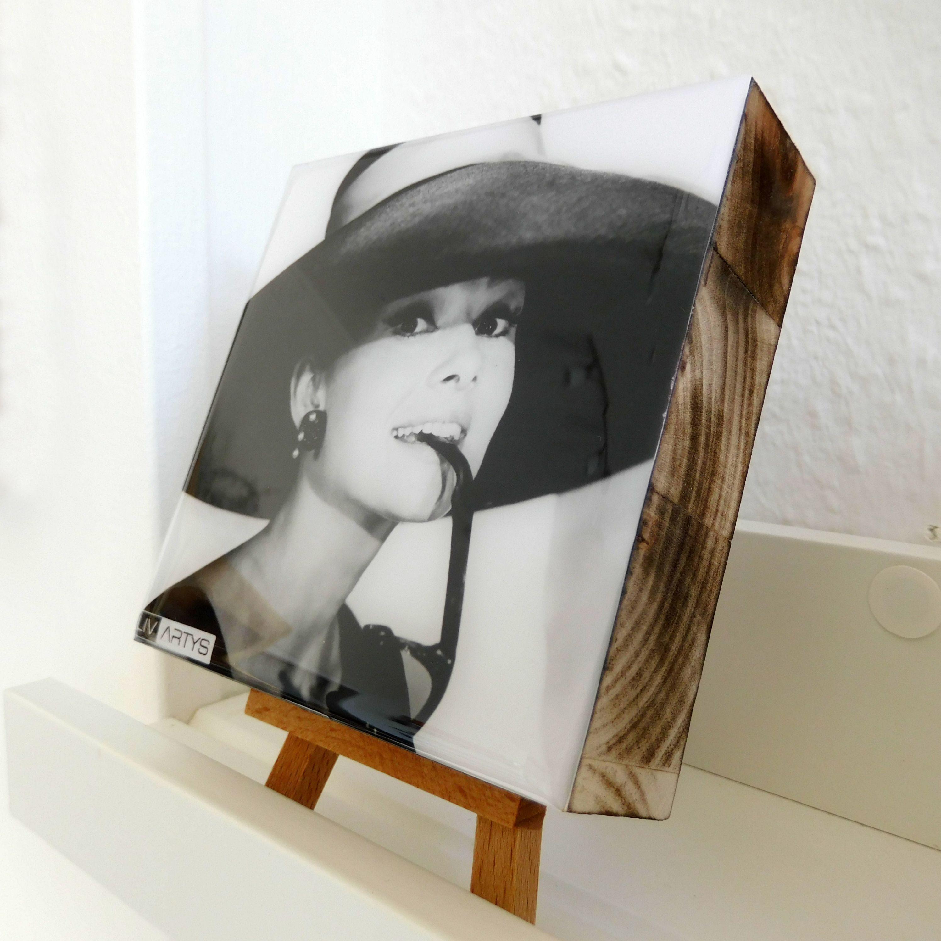 #AudreyHepburn, Echter Foto-Abzug auf Fujicolor Crystal Archive Papier Digital Type DP II Massivholzplatte Hoch brillanter, #kristallklarer #Spezialharz
