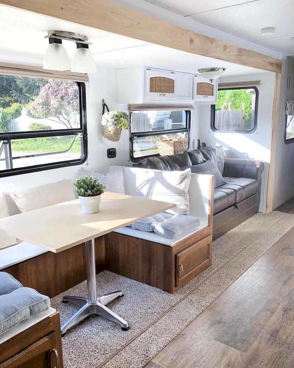 52 Small Bedroom Decorating Ideas That Have Major Impressions: A Major Folding Camper Might Have Pretty A Few Commonplace