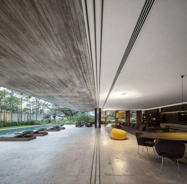 Wohnzimmer einrichten Sofa grau Sitzsack gelb Haus Architecture - Wohnzimmer Einrichten Grau
