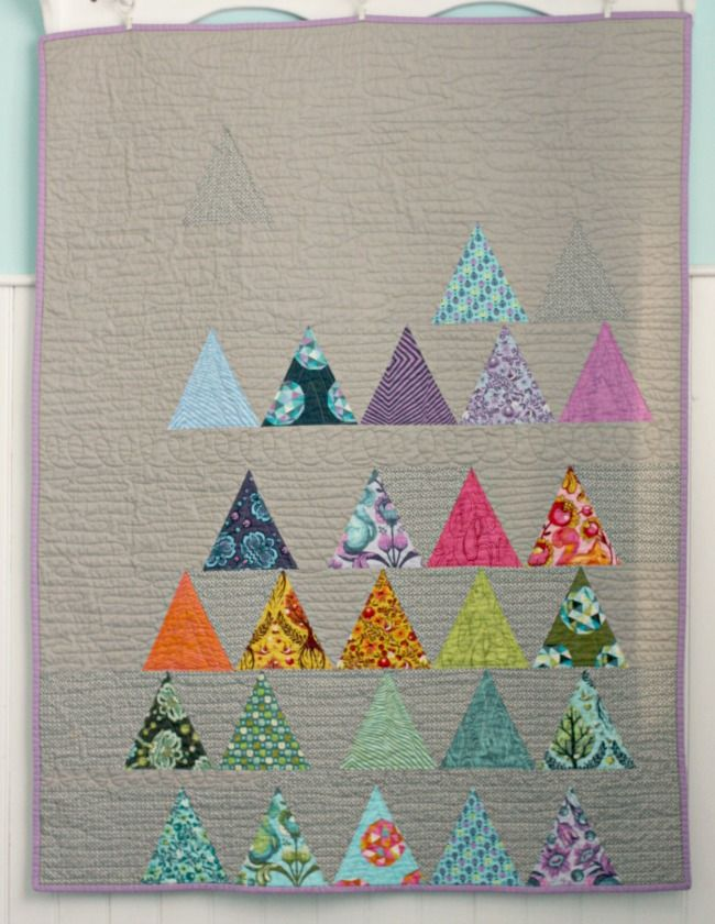 Blue Elephant Stitches: Triangle Quilt