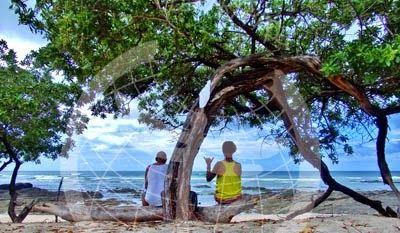 Paparapapa relajdos en Playa Langosta, Costa Rica