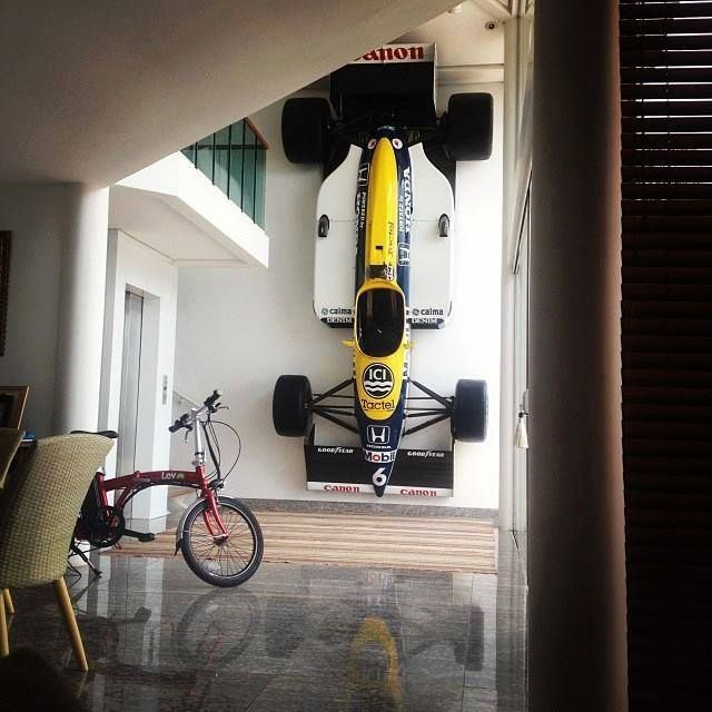 nelson piquet 39 s williams in a family home f1 in da house pinterest nelson f c. Black Bedroom Furniture Sets. Home Design Ideas