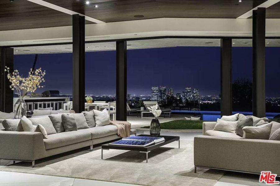 Dans La Villa De Luxe Louee Par Victoria Et David Beckham A Beverly Hills Villa De Luxe Beverly Hills Louer