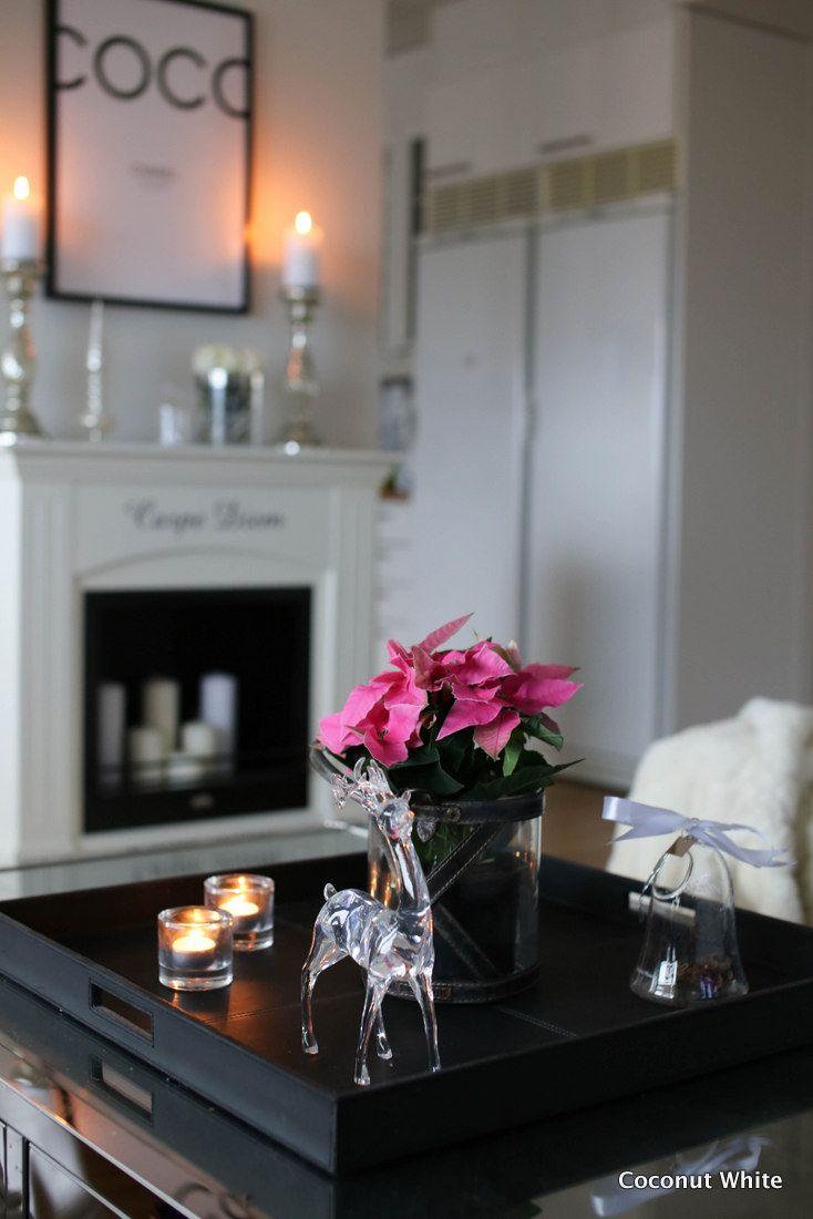 Coconut White: Ensimmäisiä joulukoristeita esille olohuoneeseen - joulun avaus