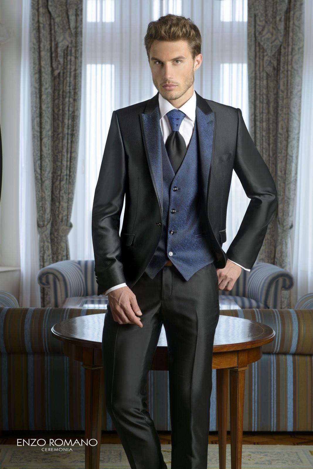 Trajes de novio de la firma Enzo Romano. Disponible en tienda   www.sastrariacampfaso.es e61324b1fe2