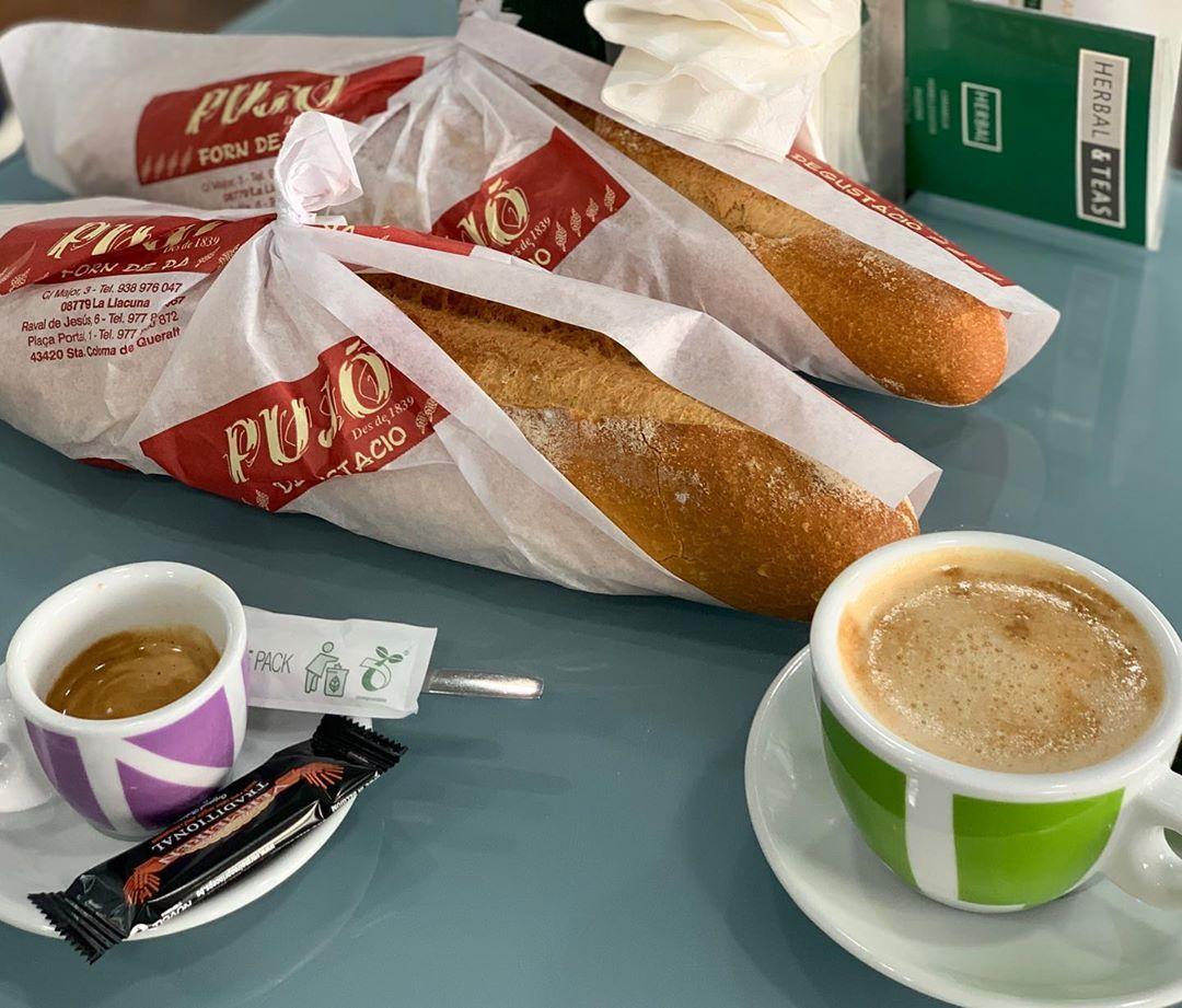 🥖Bread & Breakfast at Forn Pujó, Santa Coloma de Queralt ☕️ • •