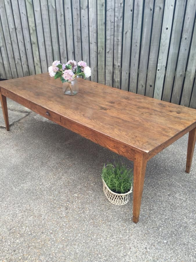 Antique oak table. Tapered leg and a stunning