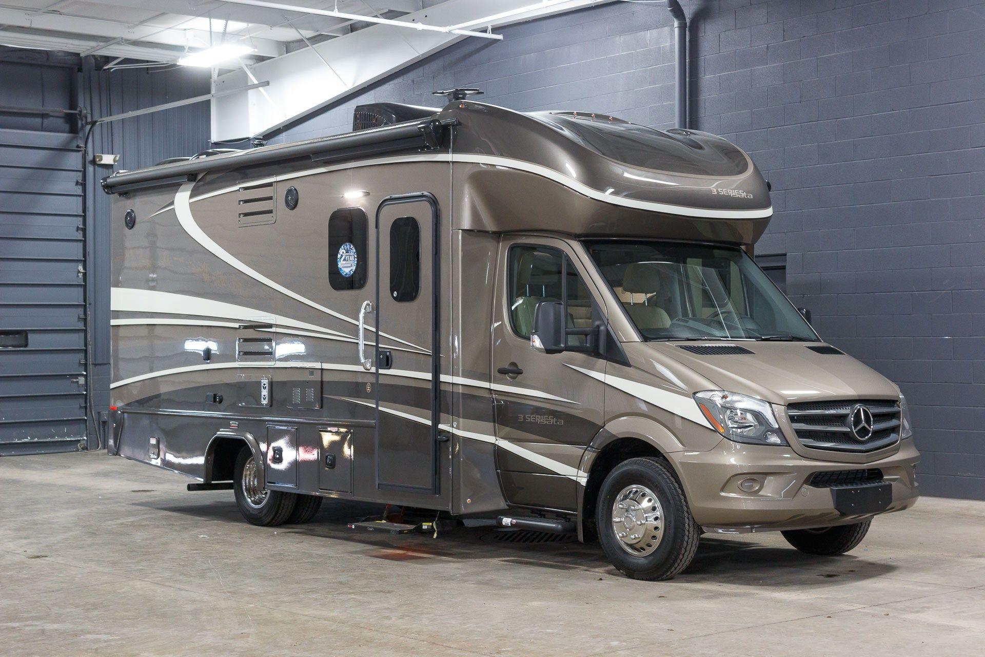 Motorhome Sales New & Used RVs Best Price National RV