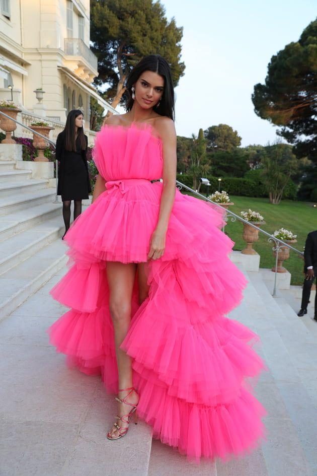 Photo of Kendall Jenner en robe en tulle rose vif Giambattista Valli