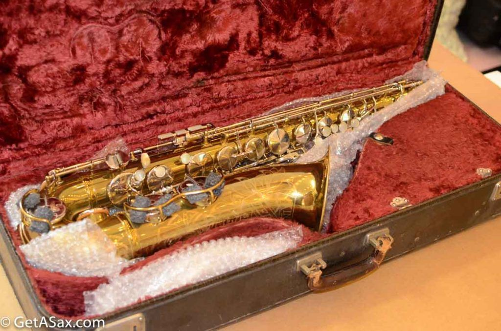 How to pack and ship a saxophone safely guide with photos
