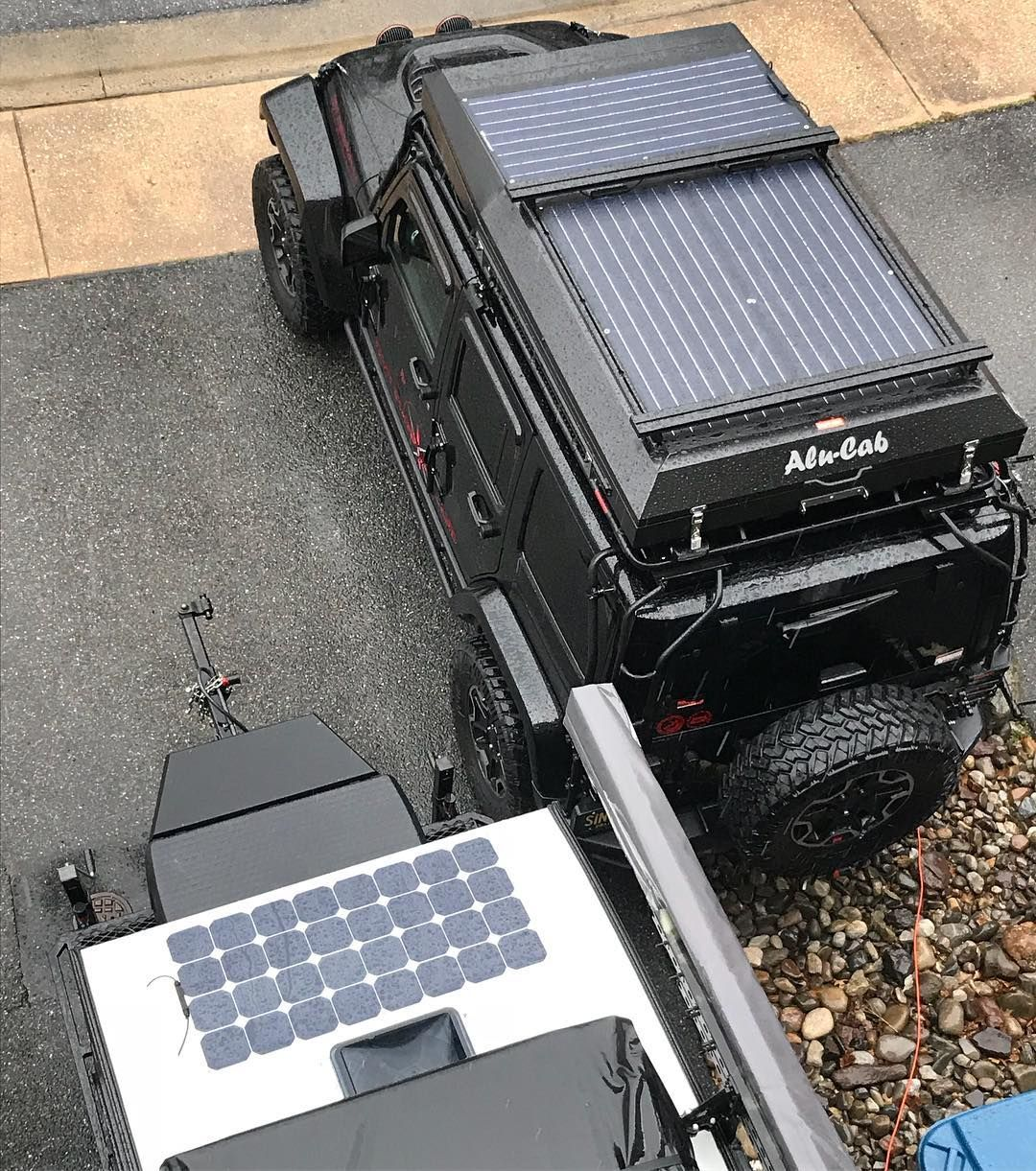 Fin Solar Solar Everywhere The Beast Is On The Jeep Its Wasnt Easy But With The Help Of A Friend Thanks Ju Custom Jeep Classic Car Insurance Jeep Life