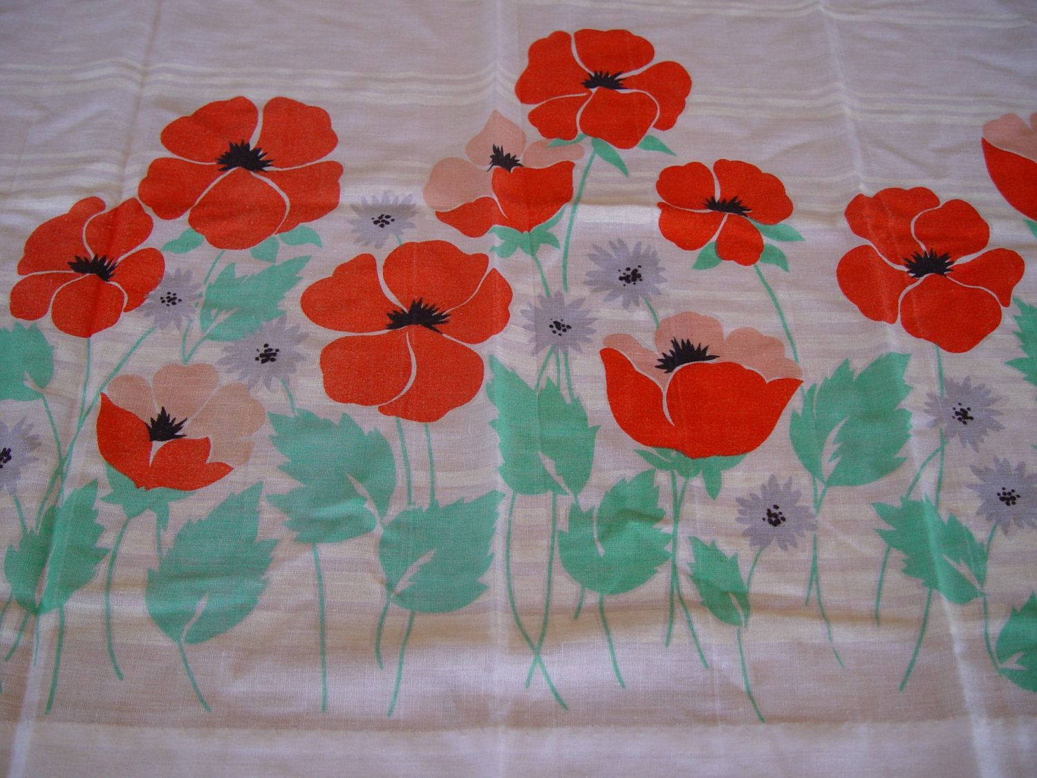 Red poppy kitchen curtains vintage curtains by gandtvintage on etsy