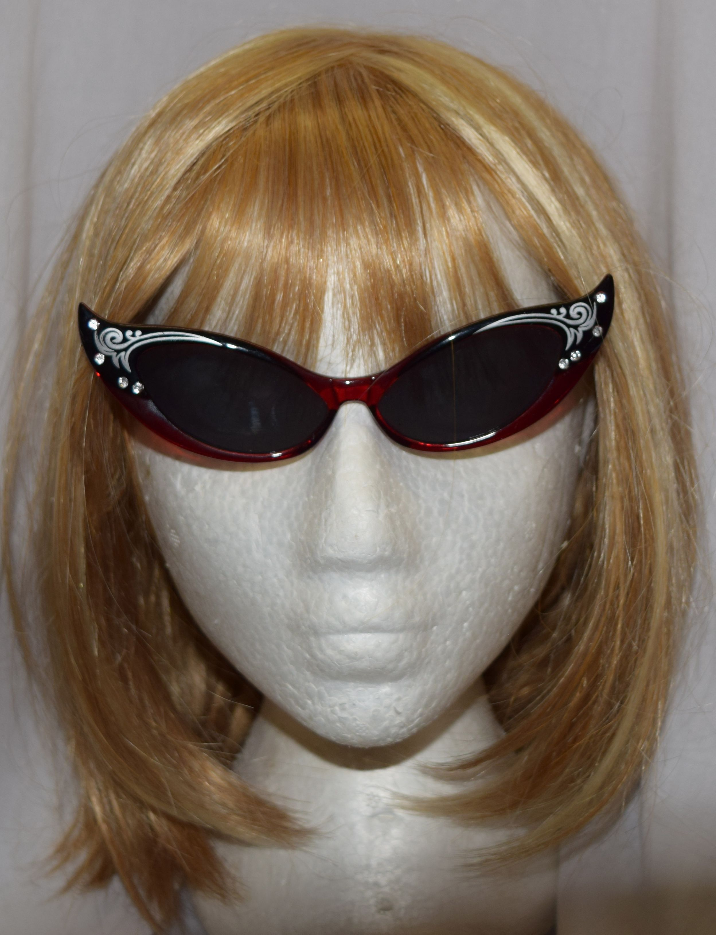 601541ab02f Black   Red Titnted Cats Eye Costume Glasses