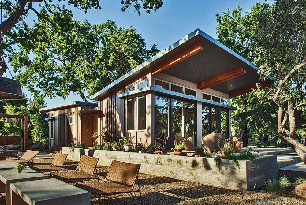 Affordable contemporary architect designed prefab home for Prefab garage california