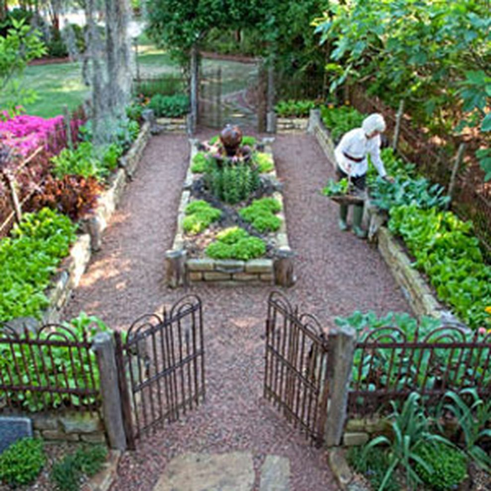 62 affordable backyard vegetable garden designs ideas for Raised veggie garden designs