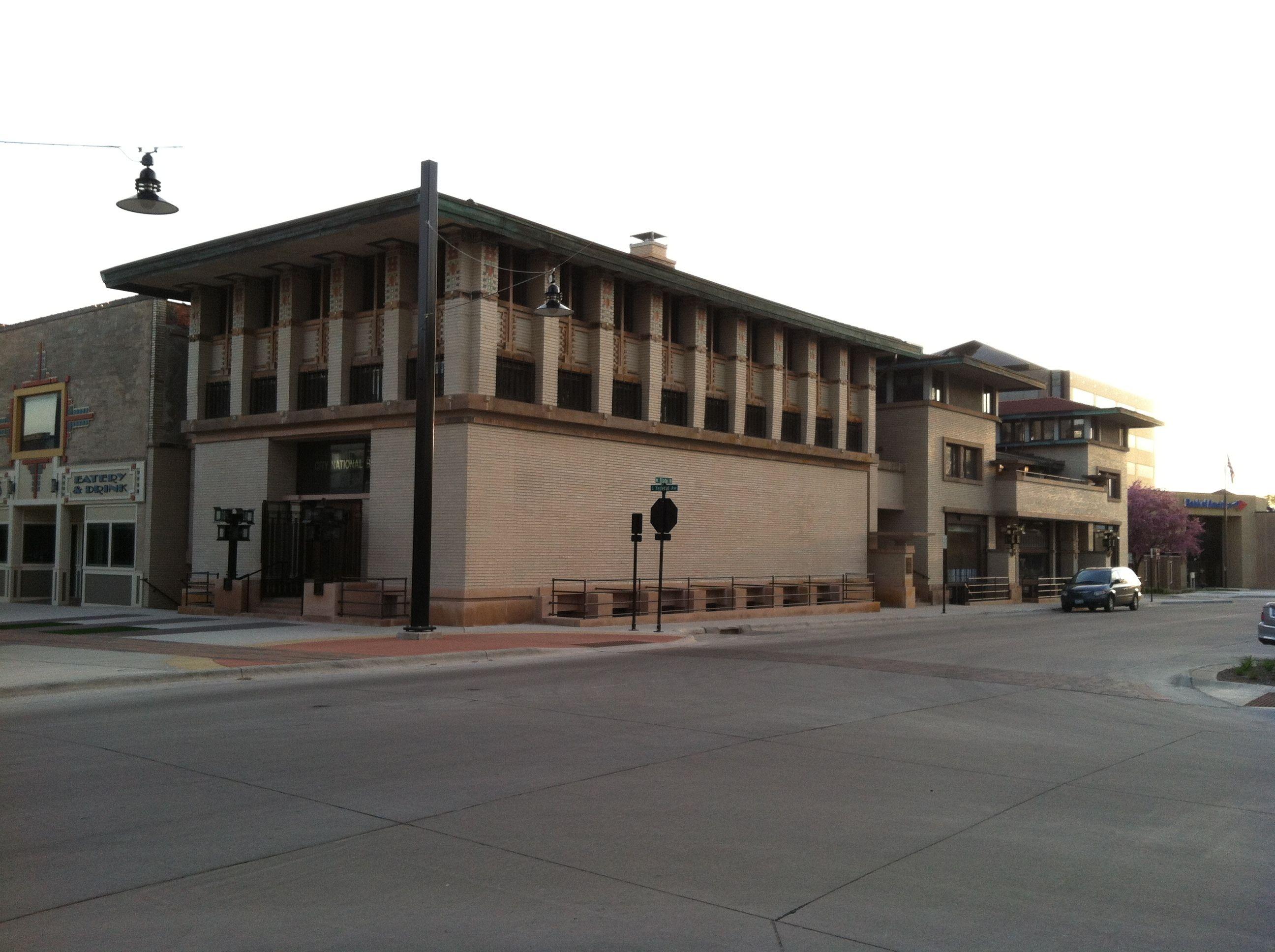Frank Lloyd Wright Hotel reopens in Mason City, Iowa