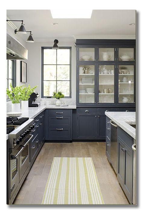 Modern Farmhouse Kitchen With Blue Gray Cabinets Farmhouse Kitchen Ideas Decor Kitchen Design Home Kitchens Country Kitchen