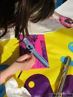 Teaching my daughter to paint a flute for her canvas project. Step-by-step Tutorial