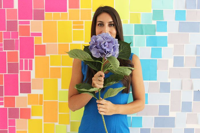 Making a photo backdrop out of Post-its