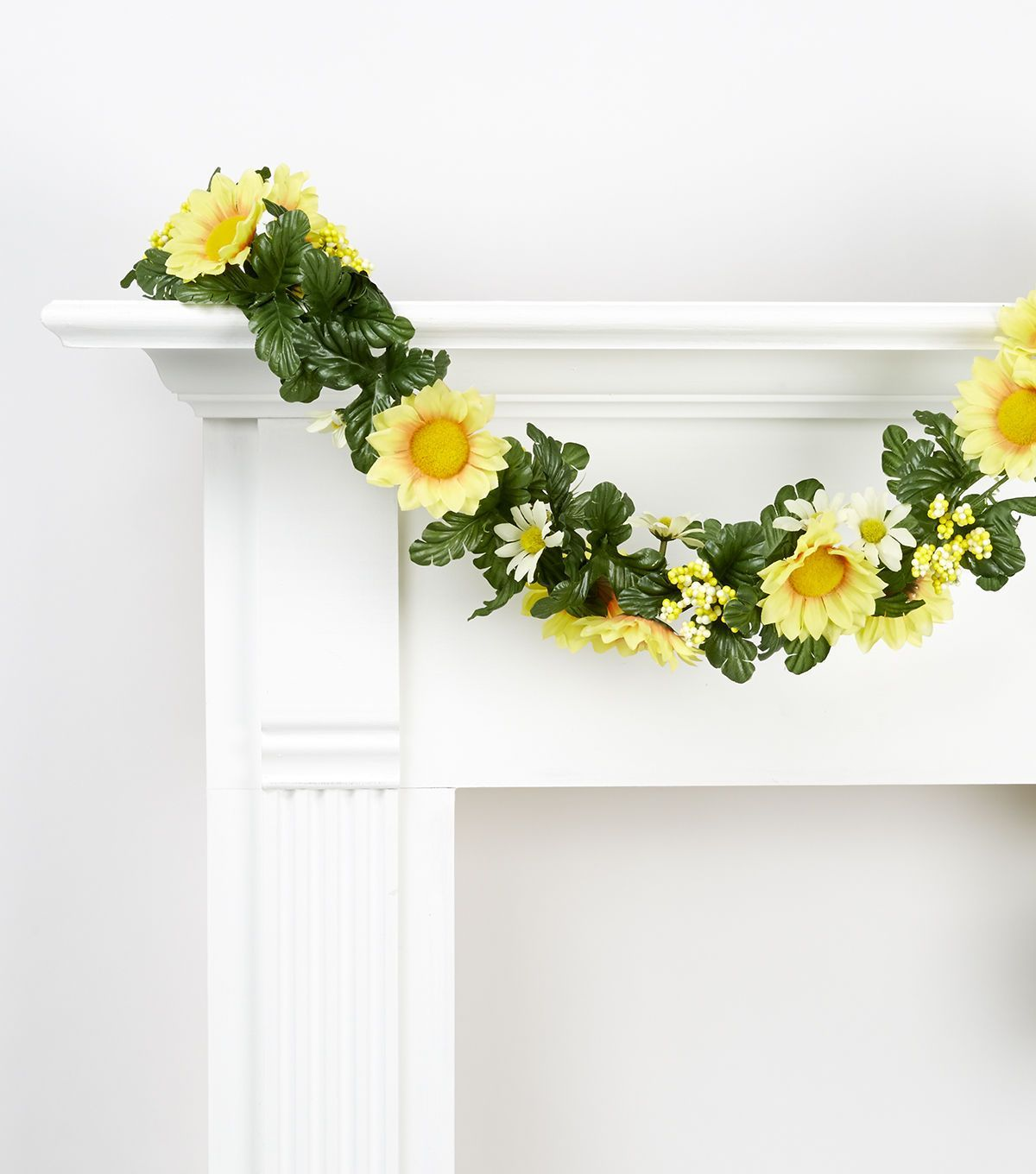 Spring Floral 66'' Sunflower, Daisy & Berry Chain Garland Yellow