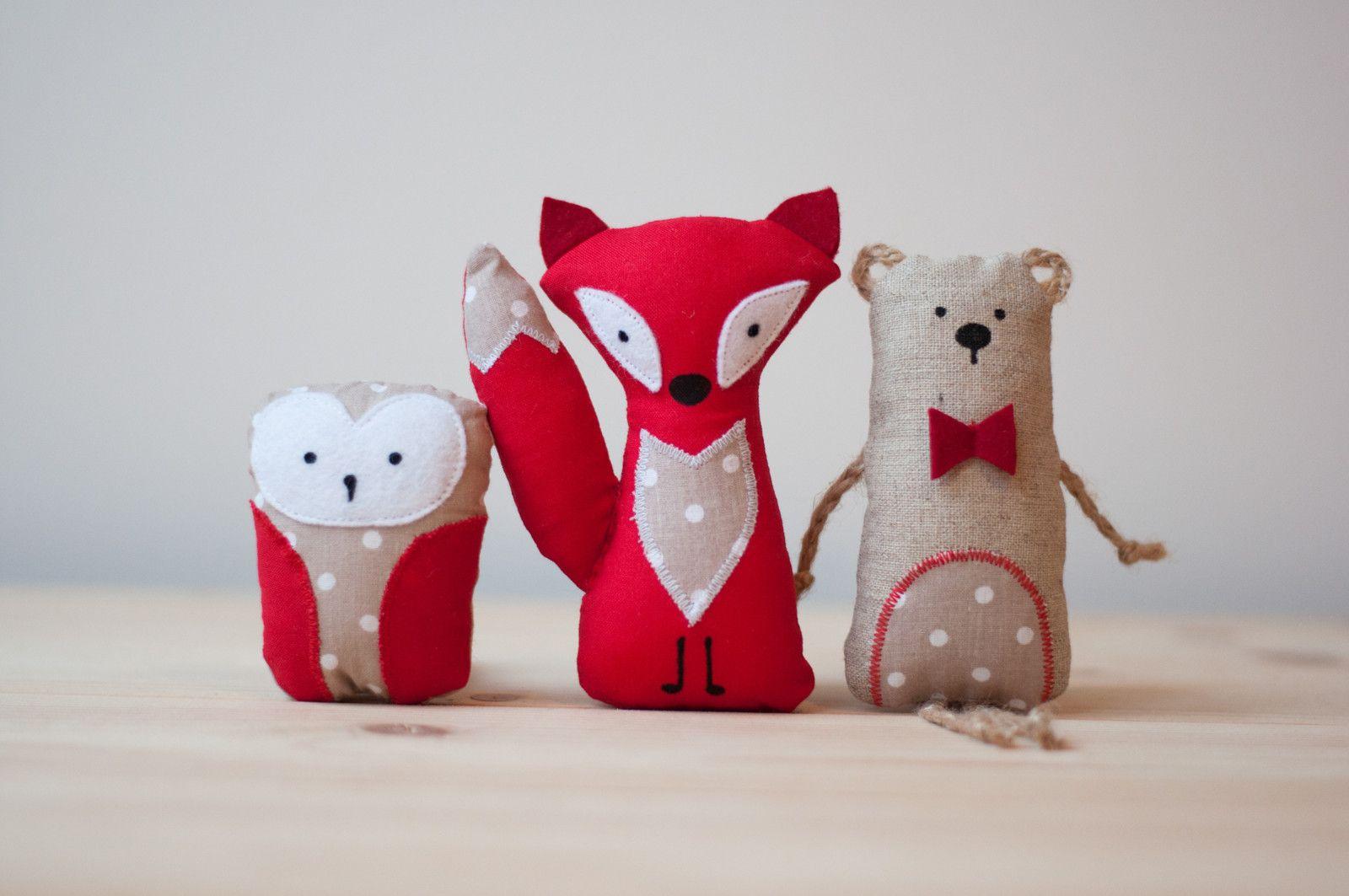 Pohádka z lesa – sada 3 zvířátek (červená a lněná)